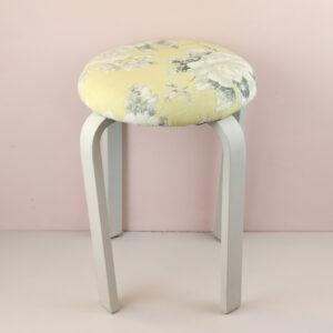 オーダー家具 丸椅子 エメラインイエロー